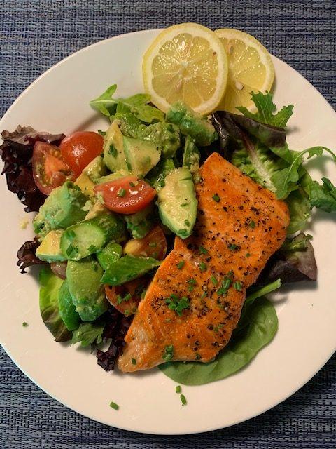 Pan-cooked Salmon with Avocado Relish